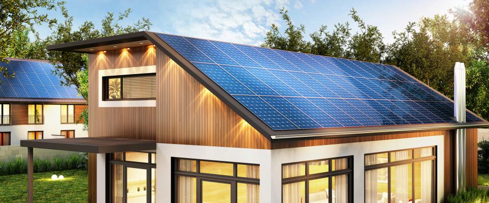 Holzhaus mit Solardach